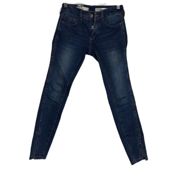 Anthropologie Denim - Pilcro Anthropologie mid-rise skinny jeans